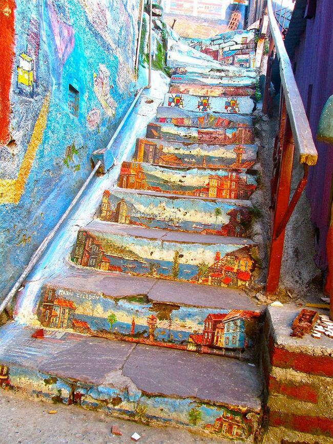 Топ 10 на най-цветните и приказни стълби!