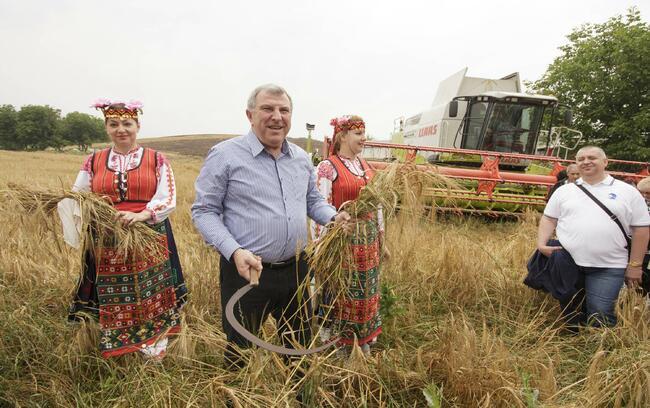 Греков: Добра реколта, въпреки дъждовете