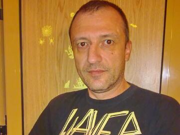 Димитър Кабранджиев за моделизма и отказа от общуване