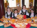 """""""Никой не е по-голям от хляба"""" - доказаха за поредна година в село Ресен"""