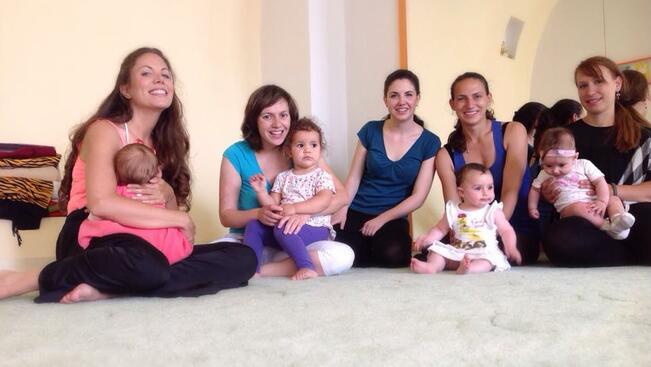 Танцуващи майки и бебета превземат Габрово