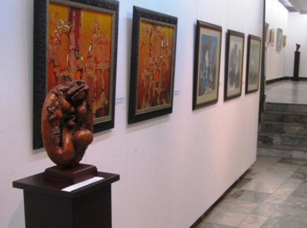Есенният салон на изкуствата показва 118 творби на ловешки художници