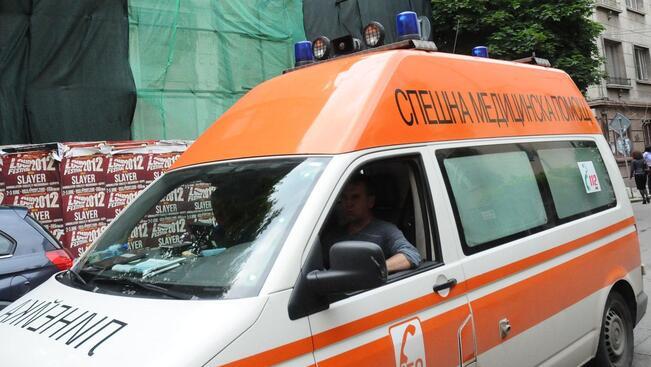 Несъобразена скорост доведе до смъртта на горнооряховец, друг мъж е с опасност за живота