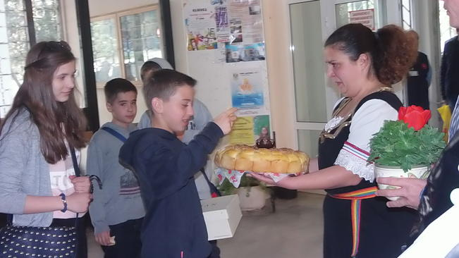 """Учители и ученици от 8 държави посрещна СОУ""""Ем.Станев"""" + СНИМКИ"""