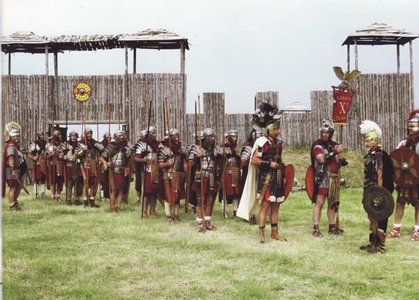 """Фестивалът на античното наследство """"Орел на Дунава"""" започва с атрактивен парад"""