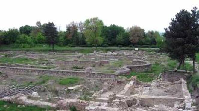 Античен град Нове