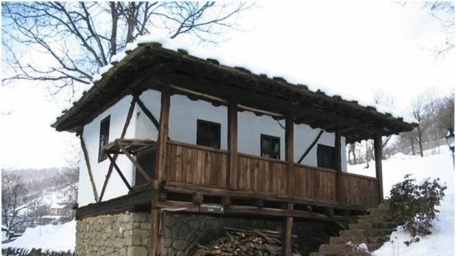 """Архитектурно - етнографски комплекс """"Етъра"""""""
