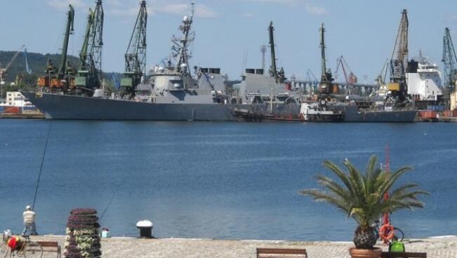 Пиратски корабчета превзеха Варненския залив