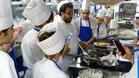 Институтът по кулинарни изкуства осигурява стаж в европейски гурме ресторанти