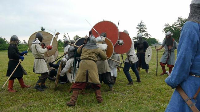 Възстановка за 1100-та годишнина от битката при река Ахелой