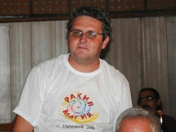 Млад и пръв на село - Тодор Маринов