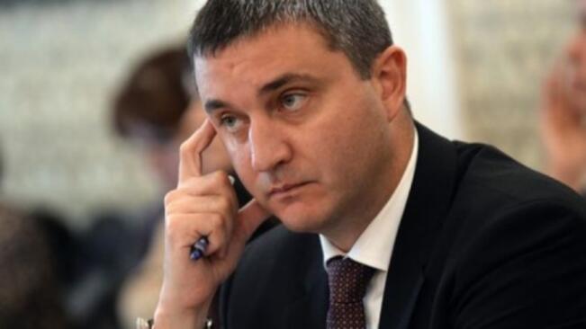 Горанов: Касовите бележки от бензиностанциите ще показват акциз и ДДС