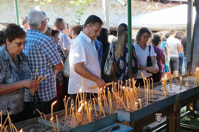 Арбанаси празнува навръх Голяма Богородица