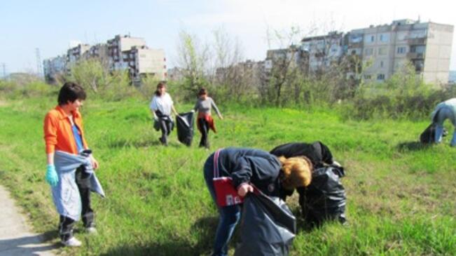 Ловчалии почистват града си в събота