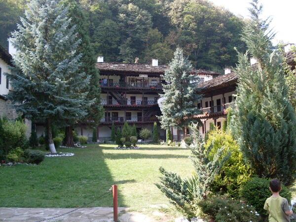 Троянският манастир - архитектурен образец на вярата