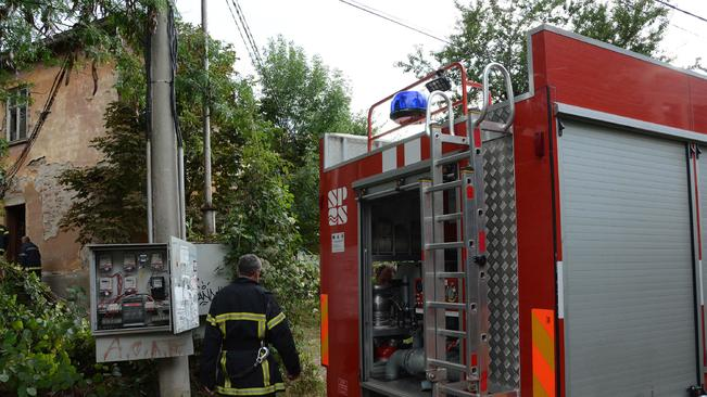 15-годишно момиче загина при пожар в дома си в Стражишко