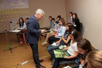 Ученици дебатираха в Трявна